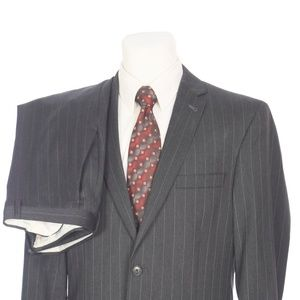 Jos A Bank Slim Fit Charcoal Gray Pinstripe Suit